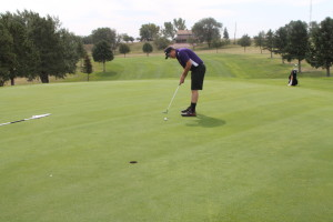 golf sam hossle putt