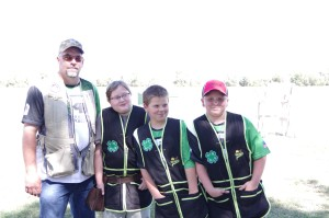 younger 4h shooters with katie welker